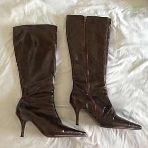 Shoes - Patent leather brown boots